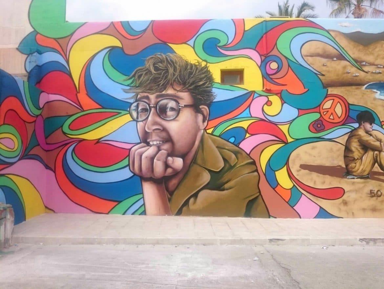 Mural artístico con técnicas graffiti en almeria por Nauni